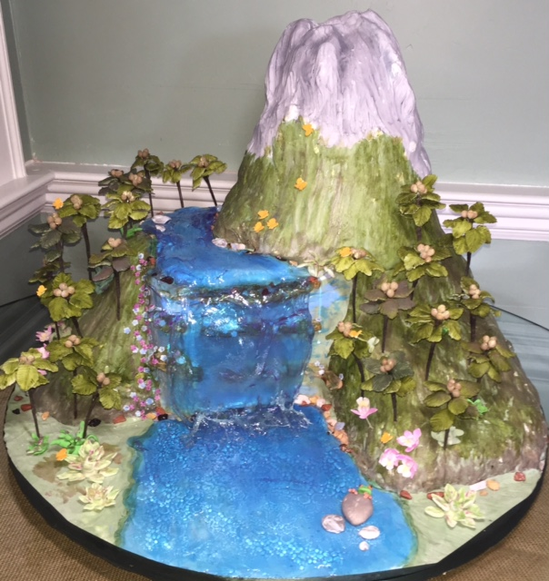 Water And Sugar For Christmas Tree: Tennessee Wedding Cake