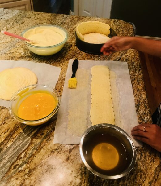 Professional cake building classes and lessons