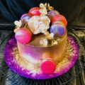 Cakes with bold colors that wow your guests